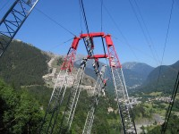 seilbahnen niederhalter 8baa812500449b6c88c164f1ed928379 - Cableway system to pass higt tension